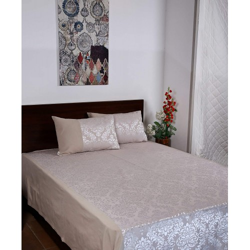 Jacquard Damask Bed Covers with 2 Pillow Covers